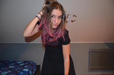 Gosh, I've a Pink Hair *_*.