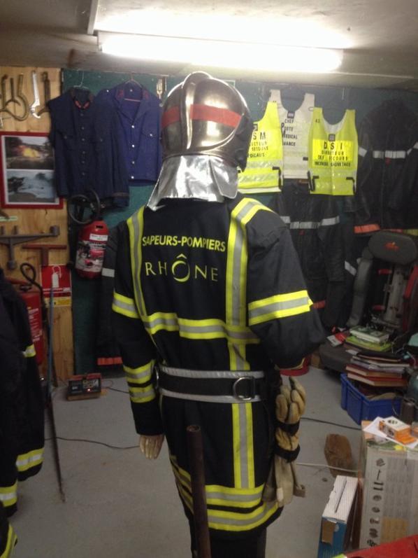 Collection tenue pompiers du Rhône