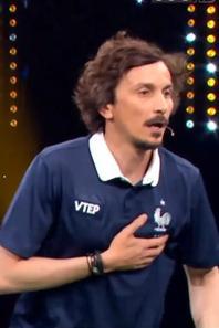 Step : Arnaud Tsamere dans Samedi tout est permis