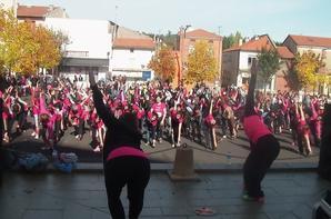 LA FLORINOISE LES ANGEL'S ONT PARTICIPE EN DANSANT PLUS DE 600 FEMMES INSCRITES POUR LA COURSE CHAPEAU