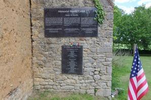 Le manoir de Donville , Mémorial Bloody Gulch (50).