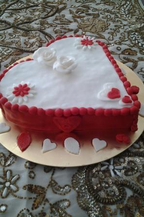 Gateau de l anniversaire de mariage - Anour Delices
