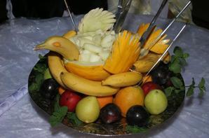 notre dessert notre gateaux soirre avec juste dorange notre inviter - Traiteur Mariage Marocain