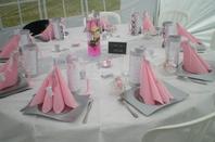 Décoration des tables pour la communion de ma fille Morgane...