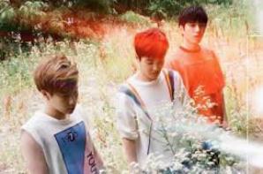"""INFINITE et leur nouveau mini album  """"Reality""""."""