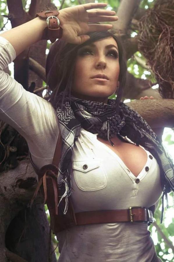 Cosolay de Nathan Drake (Uncharted )