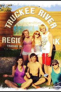 Bella ,Tristan, Remy, Dani et Bella P. fêtant le 4 juillet :