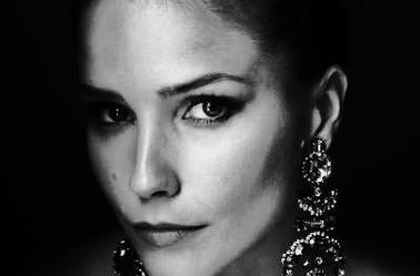 Nina Dobrev  |  Sophia Bush