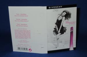 ✿ Givenchy 🌸  VERY IRRESISTIBLE  🌸 échantillon ✿