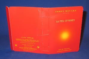✿ Miyake Issey 🌸 LE FEU D'ISSEY (femme) 🌸 échantillon  ✿