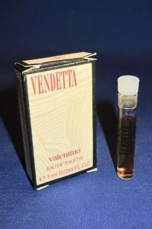 ✿ Valentino  🌸  VENDETTA 🌸 échantillon en boîte ✿