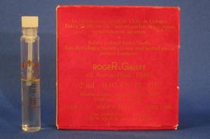 ✿ Roger&Gallet 🌸 EAU DE COLOGNE 🌸 échantillon en boîte ✿