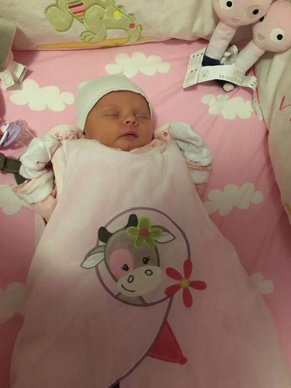 ma jolie niece adoree maelle 8 jourd..