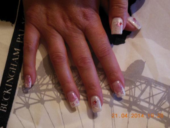Ongles d'Isa la mariée :)