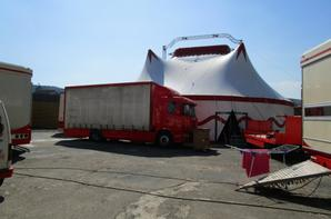 Cirque FRATELLI , LES PORTEURS !!!