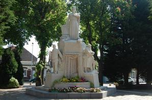 Monument de Lens aux victimes de 14 18