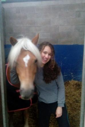 Mon Kidam dit le poney de Barbie XD