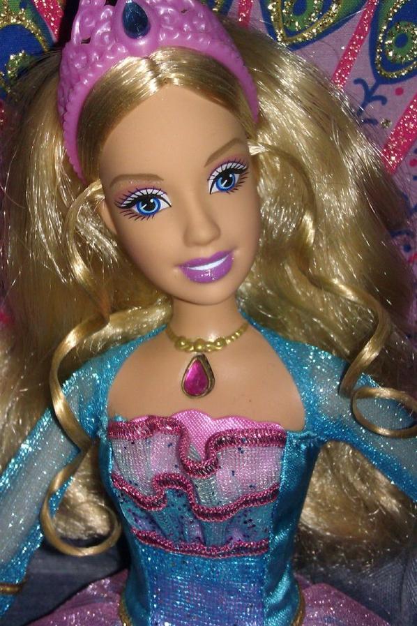 Rosella barbie princesse de l 39 le merveilleuse 2007 2008 - Barbie l apprentie princesse ...