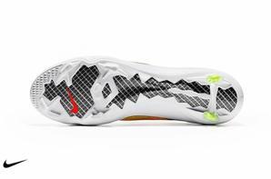 Nouvelle chaussure de CR7 ( Mercurial Vapor IX )