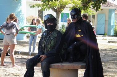 Batman et Spiderman partent aussi en vacances !
