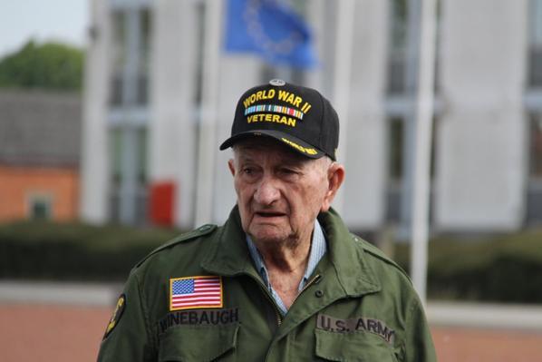 Visite de Vétérnan US à Bastogne 17-05-216  (2)