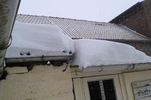 la neige a laissé ses traces
