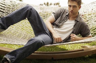 Photoshoot Robert Pattinson : nouvelles photos de TV week !