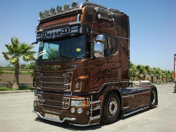 scania r30 black amber tuning tuningscania actros. Black Bedroom Furniture Sets. Home Design Ideas
