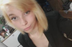 Blonde ou brune ? :$