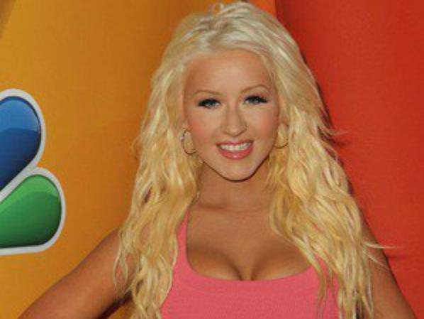Photos : Christina Aguilera : bye bye les kilos en trop, elle est de retour au top pour la nouvelle saison de The Voice !