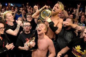 Champions NXT UK après NXT UK Takeover Cardiff. Nouveaux Champions par équipe NXT UK: Flash Morgan Webster et Mark Andrews et Nouvelle Championne NXT UK: Kay Lee Ray