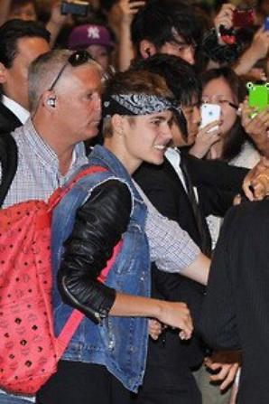 Justin arriving in Japan