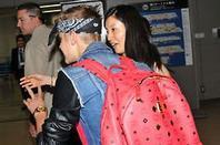 (more) Justin arriving in Japan