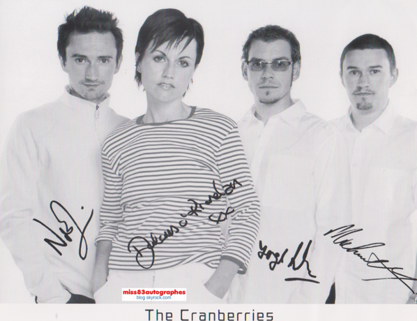 DOLORES O'RIORDAN (1971-2018 / chanteuse du groupe The Cranberries)