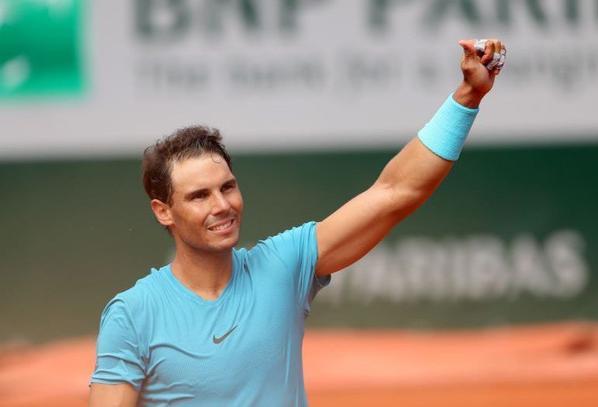 RAFAEL NADAL  (Joueur de Tennis)