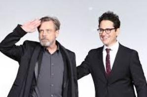 Pourquoi The Rise Of Skywalker ? Le réalisateur J.J Abrams vous donne la réponse !