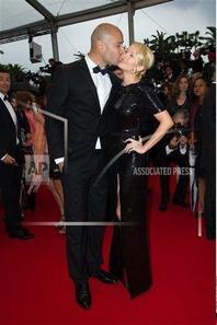 Tatiana-Laurens et Xavier DELARUE in Festival de Cannes 2013 (By AP Images)