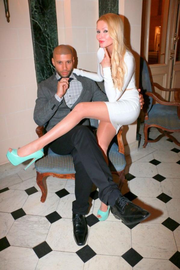 Tatiana-Laurens & Xavier Delarue in Sauvons Saint Cloud  (2014 /Visual Agency /Noel Carrier)