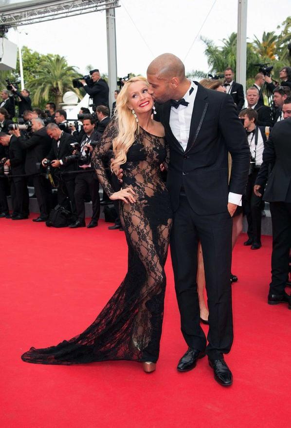 Tatiana-Laurens &Xavier DELARUE in @TeleLoisir (#Cannes2014)