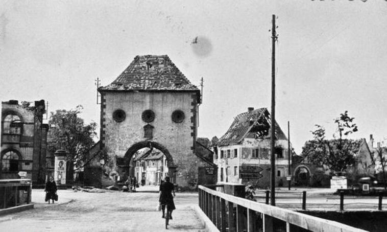 avant-apres Haguenau en 1945