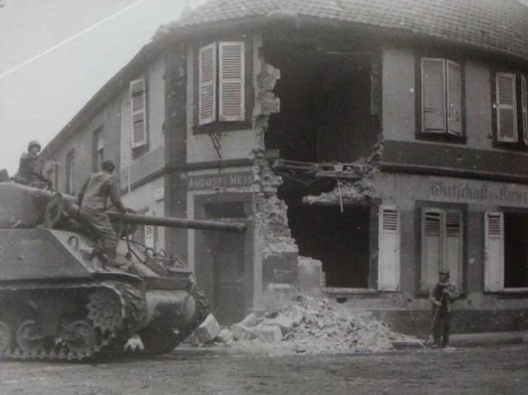 Pfaffenhoffen en 1945
