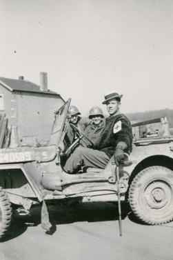 Charles E. Gore, Jr. 1943 de la 70th 70th Infantry Division