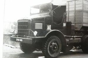 un camion, des camions ,trop de  camions, un défilé de camions ...