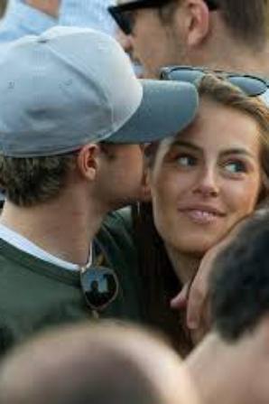 Niall est en couple avec Celine Helene Vandycke !