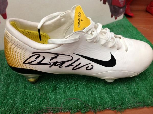 save off 0eb50 5c42c Cristiano Ronaldo Match worn and signed right boots ...