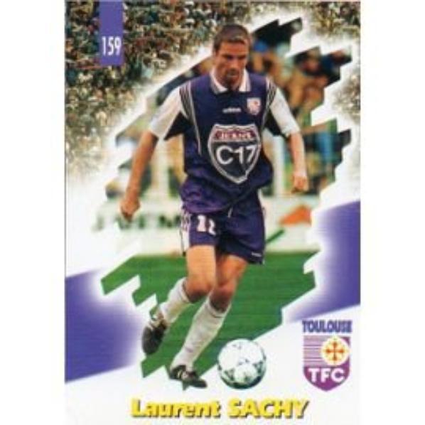 Photo de Laurent Sachy avec un maillot similaire.