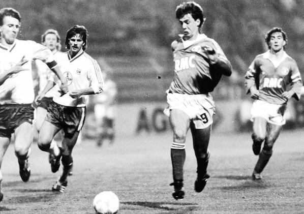 Photos du match Bayer Leverkusen TFC du 04/11/1987
