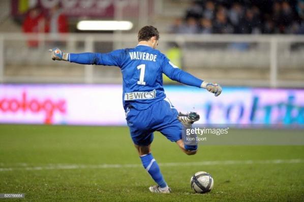 Photos de Valverde lors du match AJA TFC du 28/11/2010 (1 à 2)