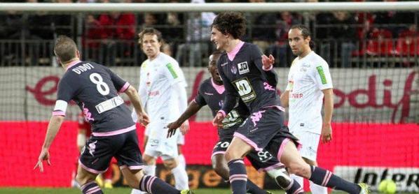 Photos d'Adrien Rabiot lors du match Brest TFC du 09/03/2013