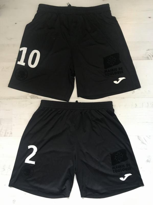 Mes deux shorts noirs commémoration BRICE TFC BORDEAUX le 05/10/2019